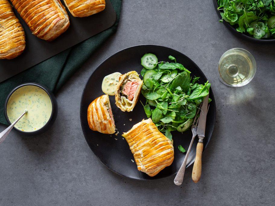 Horseradish Salmon en Croûte