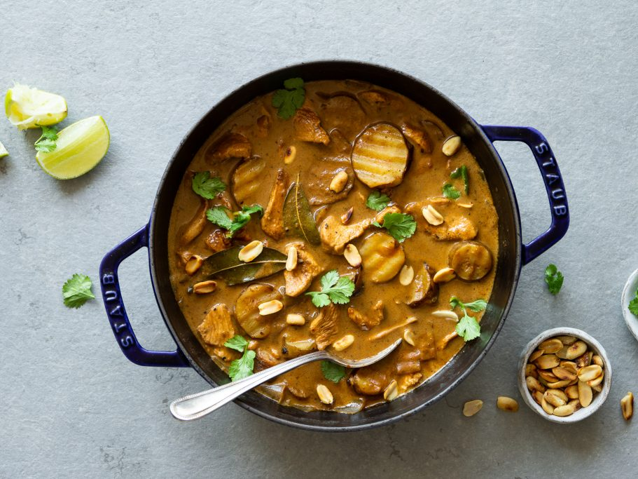 Thai Chicken Massaman Curry with Jerusalem Artichoke